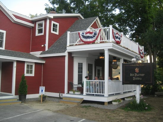 Six Burner Bistro: Exterior with porch dining