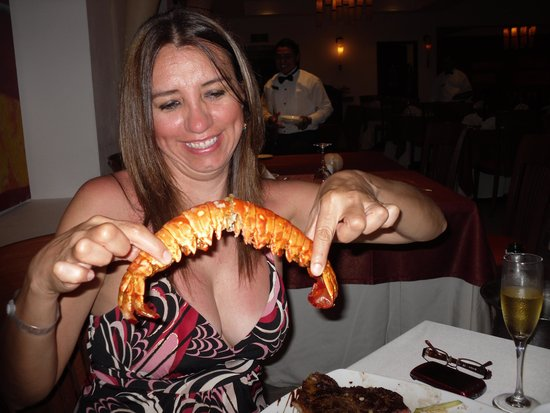 The Royal Playa del Carmen: Funny time with the Lobsters