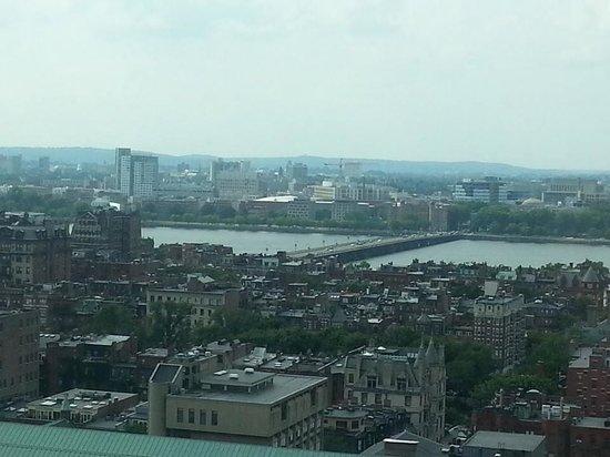 Sheraton Boston Hotel: The Harvard Bridge???