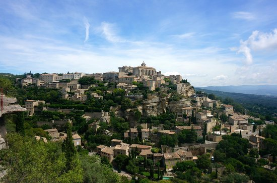Tour Designer in Provence Private Tours: Great photo stop to see Gordes