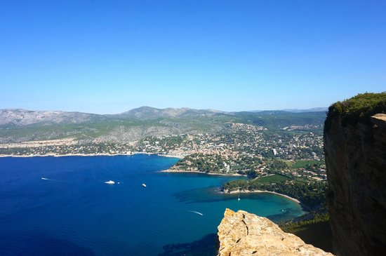 Tour Designer in Provence Private Tours: Looking at the fishing village of Cassis