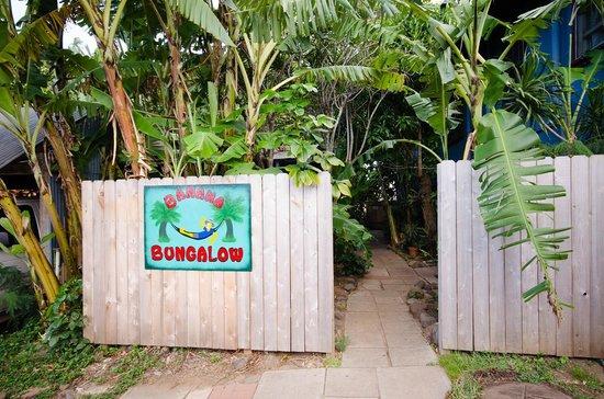 Banana Bungalow Maui Hostel : Entrance