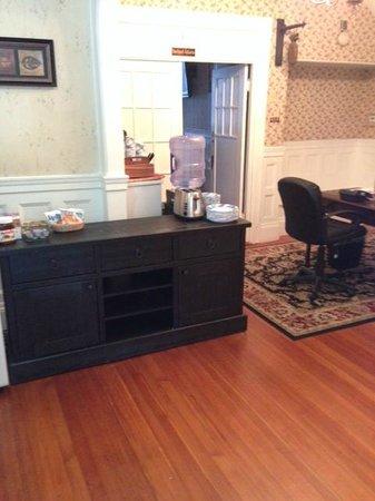 Beacon Inn 1750: Lobby