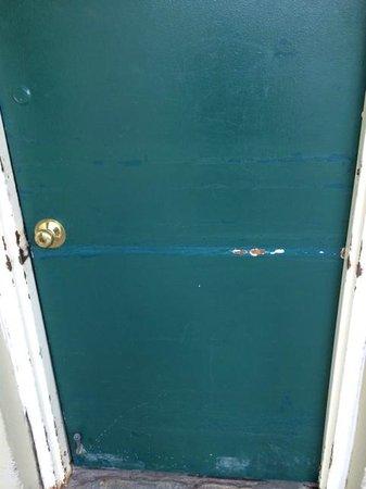Quality Inn & Suites Lexington : puerta de habitación