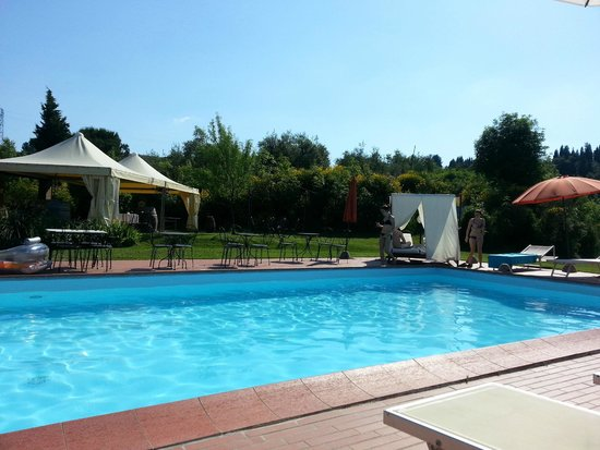 Cooking Vacations Italy: Piscina