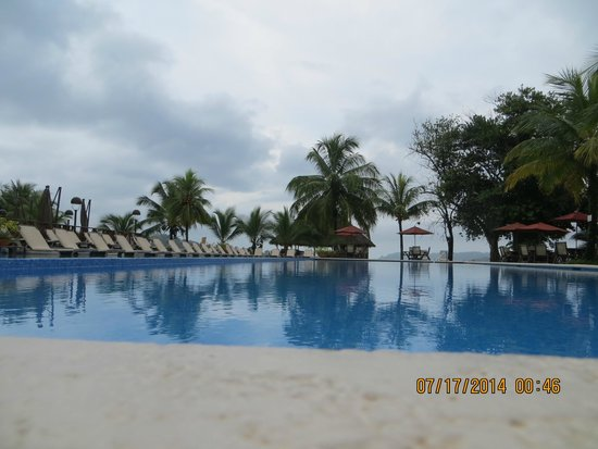 Playa Tortuga Hotel & Beach Resort: pool