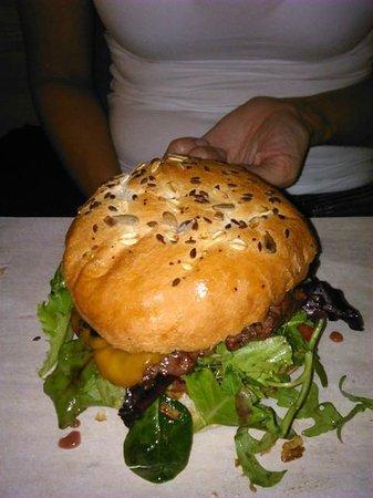 El Santo: Beef, bacon burger