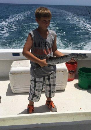 3 Hermanos Cozumel fishing: Fish On