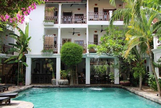 Rambutan Resort - Siem Reap: pol