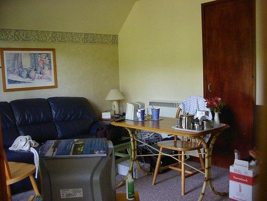 Burnbank Lodges: Living room