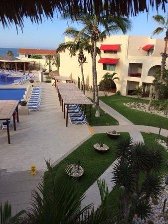 Royal Decameron Los Cabos: Main pool area.