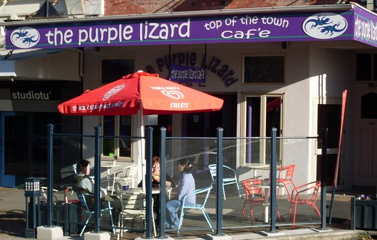‪Purple Lizard Cafe‬