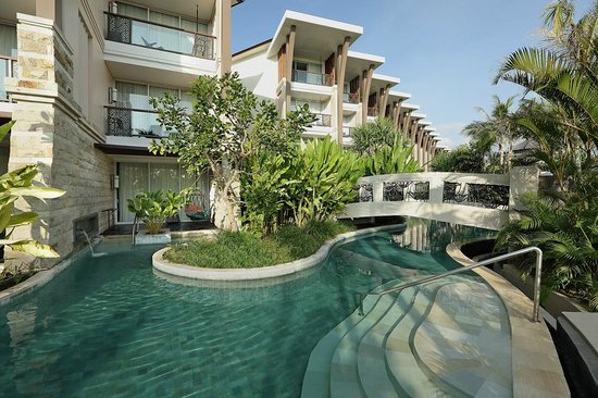 direct access to the pool from luxury room pool access picture of sofitel bali nusa dua beach. Black Bedroom Furniture Sets. Home Design Ideas