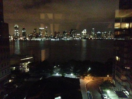 Conrad New York : Night View From Bedroom