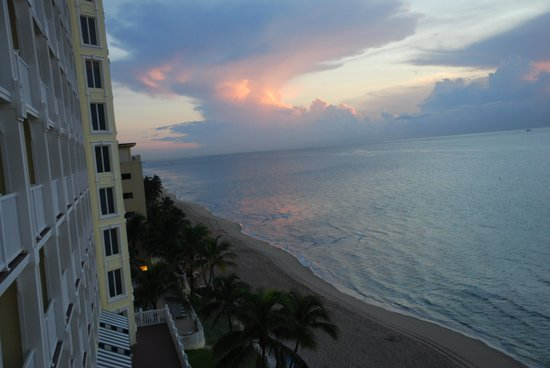 Pelican Grand Beach Resort, A Noble House Resort: View from our 6th floor balcony!