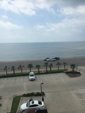Courtyard by Marriott Galveston Island : Our view from an oceanside view room