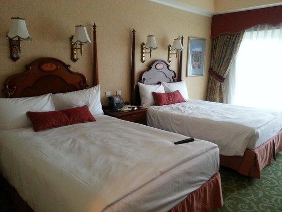 Hong Kong Disneyland Hotel: twin bed nya besar