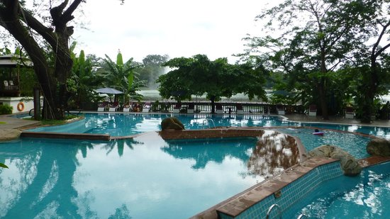 The Kandawgyi Palace Hotel: Pool