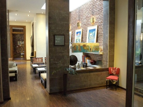 Azur Real Hotel Boutique: Lobby