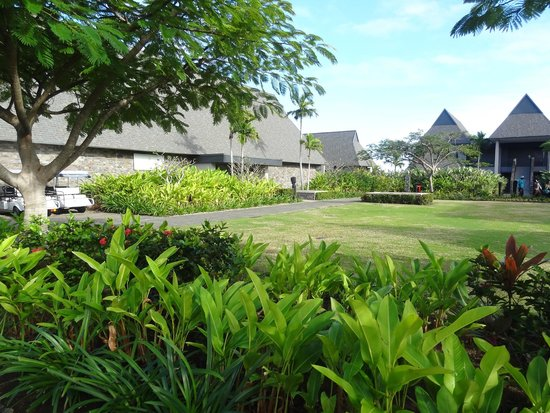 InterContinental Fiji Golf Resort & Spa: Well maintained grounds