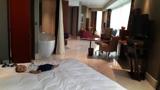 Jumeirah Creekside Hotel: love the room
