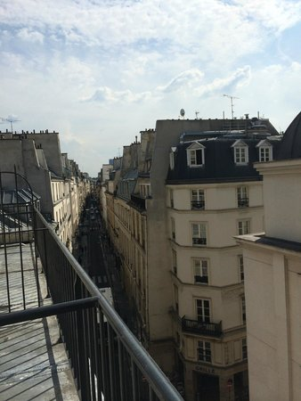 Lyric Hotel Paris : View