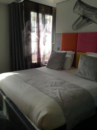 Lyric Hotel Paris : Room