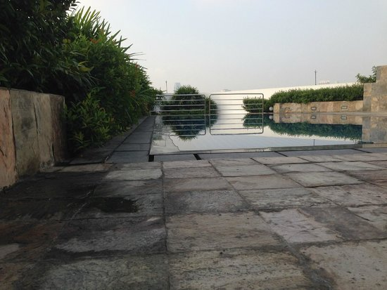 Park Plaza Sukhumvit Bangkok: Pool