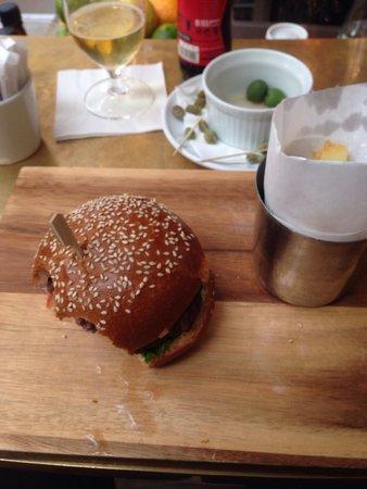 Yo! Sushi - Harvey Nichols: Best burger i ever had