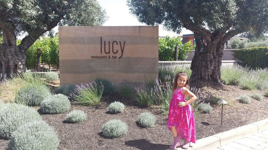 Lucy Restaurant and Bar: She have to stopped to strike a pose.