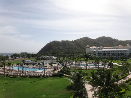Hotel Riu Palace Costa Rica: View from 2nd floor