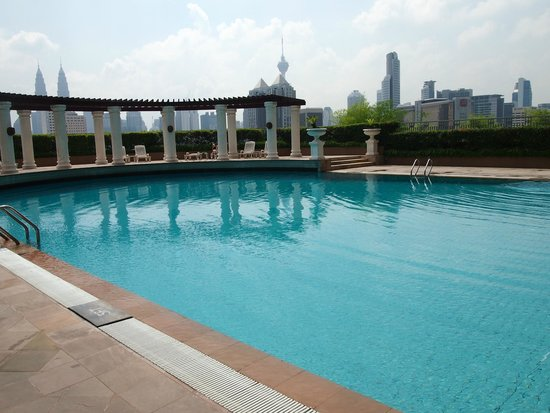Sunway Putra Hotel: Swimming pool