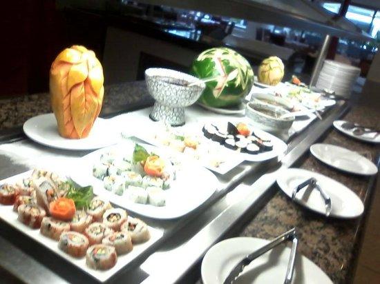 Marival Resort & Suites: mmmm dinning