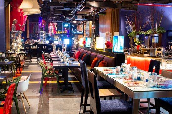 Big fish restaurant picture of siam siam design hotel for Big fish restaurant
