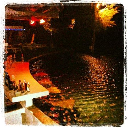 B52 Beach Resort : Pool Bar