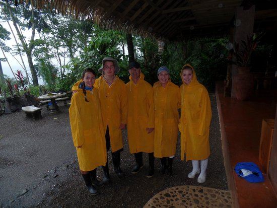 Copa de Arbol Beach and Rainforest Resort: Wiseman Family preparing for our hike in the park
