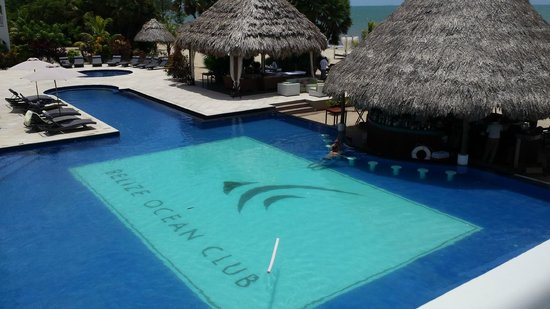 Belize Ocean Club Resort: Pool w/Swim Up Bar