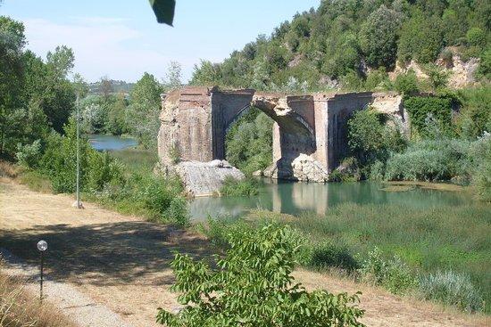 La Locanda Del Ponte Hotel Tuscany Italy