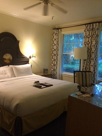 Fairmont Sonoma Mission Inn & Spa: Our room in the older part of the hotel.  Windows looked out onto beautiful grounds.