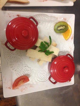 Le Grand Hotel : Les œufs cocotte aux asperges et foie gras