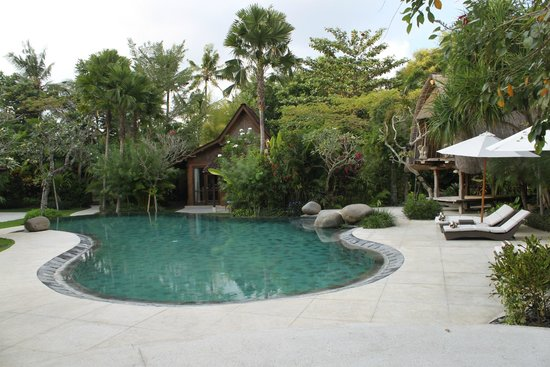 Dea Villas: Beautiful pool landscape