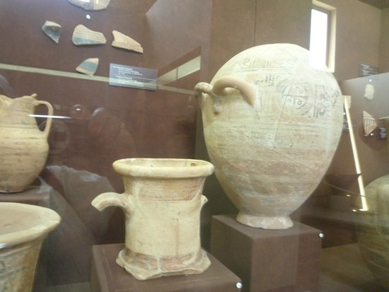 Archaeological Museum of Andros : Εκθέματα του Μουσείου