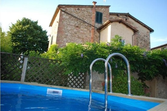 B&B Countryhouse Suites & Apt. Vescovado: Piscina- pool
