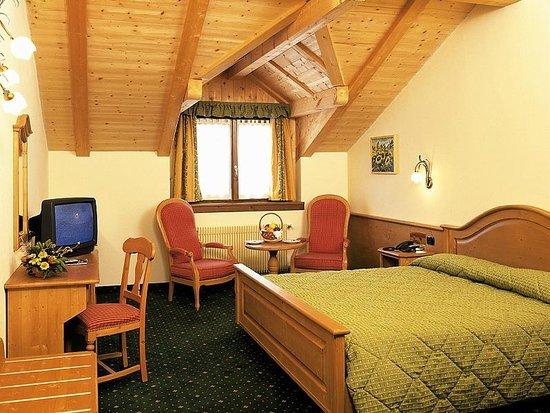Hotel Bertelli: Mansarda
