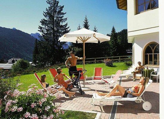 Hotel Bertelli: Giardino