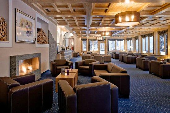 Waldhotel National: Alpin Lounge