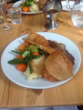 McHalls Bistro: roast lamb lunch