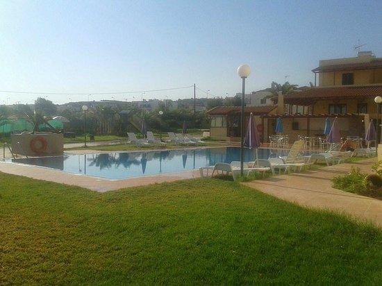 Nautica Hotel: Lækkert poolområde