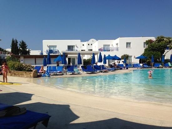 Aliathon Holiday Village: Lagoon Pool