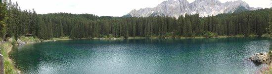 Lago di Carezza: panoramica